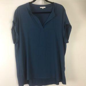 Pleione: Cut off sleeve blouse size XL
